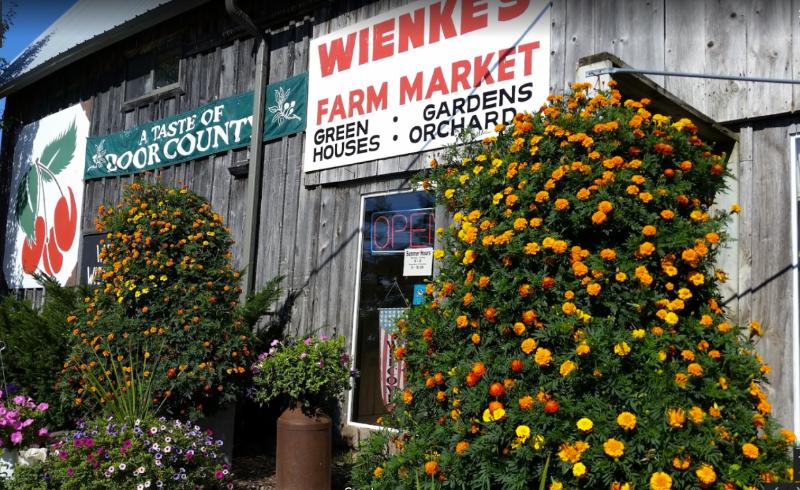 weinkes-market-algoma-1