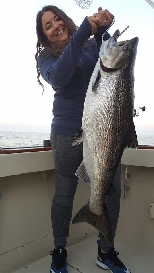 Hakuna Matata Charter Fishing Algoma WI